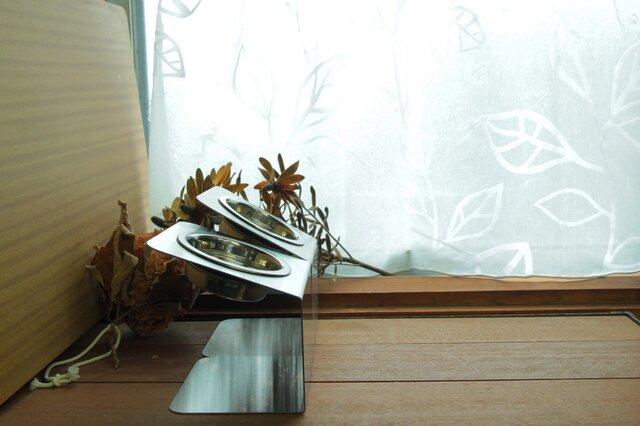 チョイななめスタンド 【小】 洗えるステンレスフードスタンドの画像1枚目