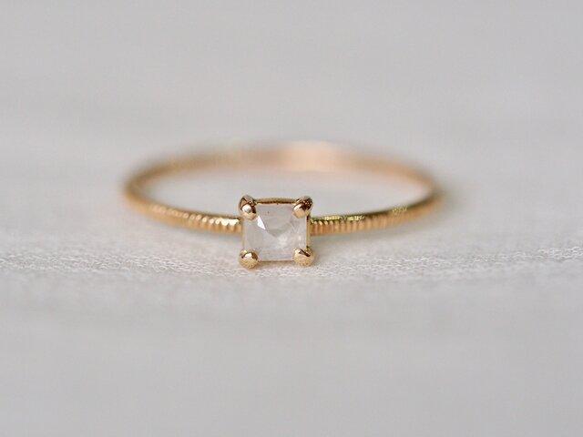 Baby Square Diamond  Ring / Milkの画像1枚目