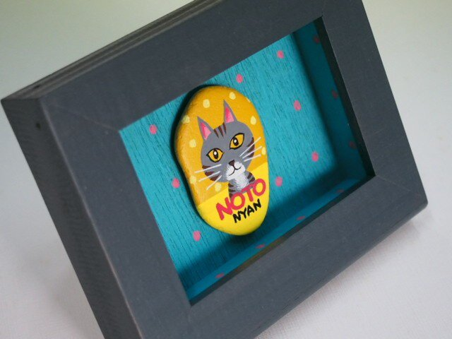 painted rock art キジトラ柄の猫さん(=^・^=)の画像1枚目