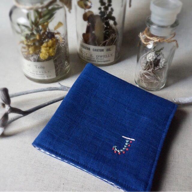 手刺繍入り4重ガーゼハンカチ「イニシャル/J」[受注制作]の画像1枚目