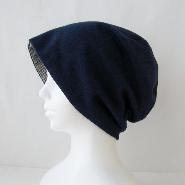 ゆったり暖かリバーシブルの帽子 紺デニム調 茶グレーチェック(CNR-009-BCG)の画像1枚目