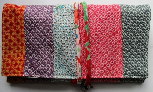送料無料 絞りの羽織を組み合わせて作った和風財布・ポーチ3021の画像1枚目