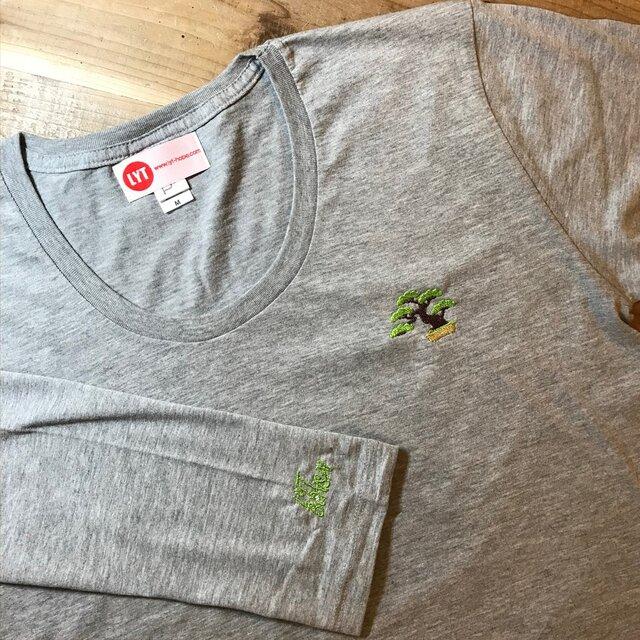 盆栽 刺繍 Uネック ロングスリーブ Tシャツの画像1枚目