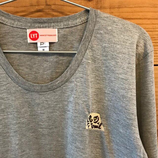 フクロウ 刺繍 Uネック ロングスリーブ Tシャツの画像1枚目