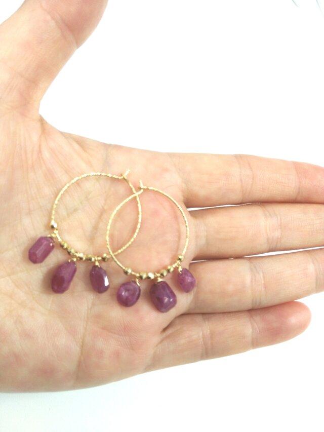 ruby hoop pierceの画像1枚目