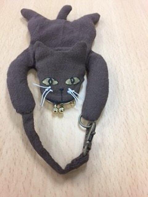 小さながま口の猫マスコットの画像1枚目