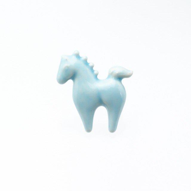 陶器ブローチ ウマ(ブルー)の画像1枚目