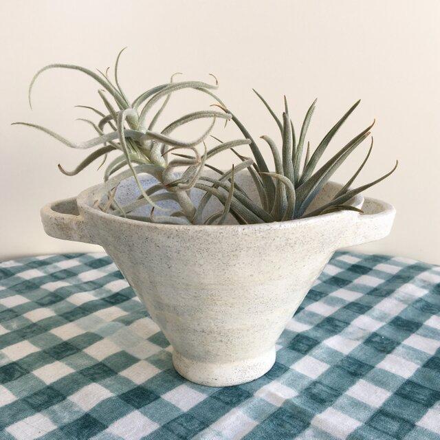 nacchico#019/ツルンと光沢のある質感*大きめカップ型の白い器・花器・花びんの画像1枚目