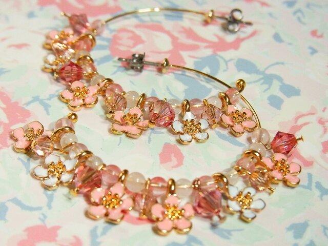 cherry blossomシリーズ*桜フープピアスの画像1枚目