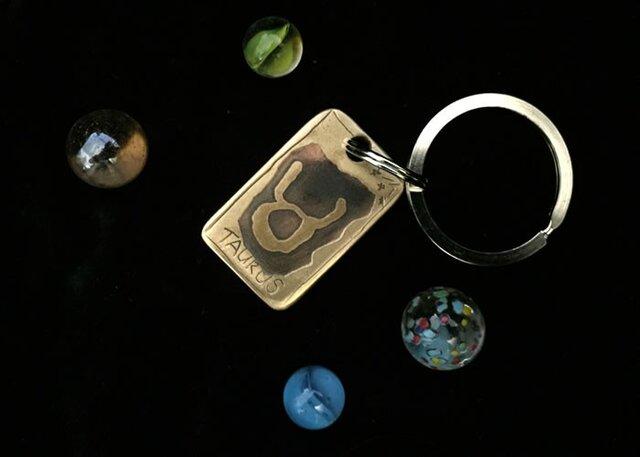 """銅板キーホルダー 12星座 """"TAURUS """" M019の画像1枚目"""