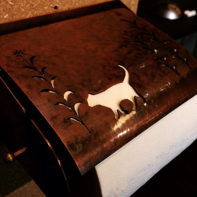 銅製ペーパーホルダー(猫)の画像1枚目