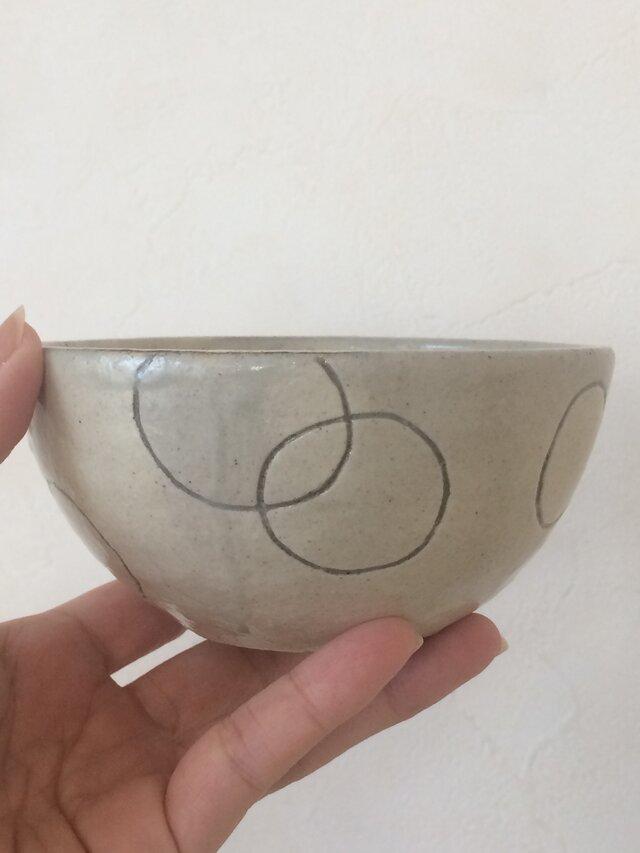 コロンとしたお茶碗の画像1枚目