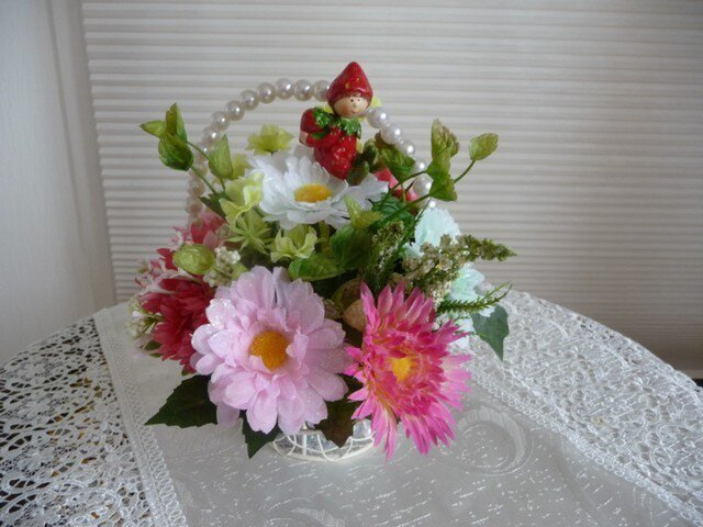 完売 イチゴちゃんのお花畑の画像1枚目