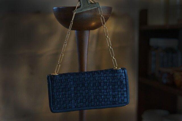ボリュームメッシュお財布bag#navyの画像1枚目
