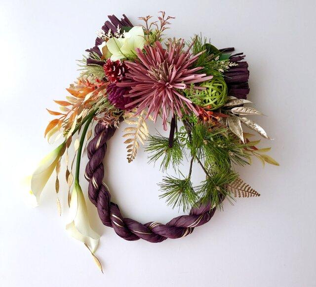 お正月カラーとマムのしめ縄飾りの画像1枚目