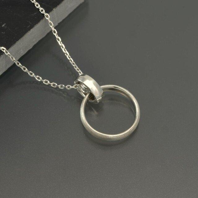 受注生産【値下げ】大切な指輪をネックレスにできる「リングホルダー・ミニ」(SV925)の画像1枚目