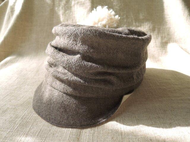 ドレープのあるケピ帽(ウール×オーガニックコットン)の画像1枚目