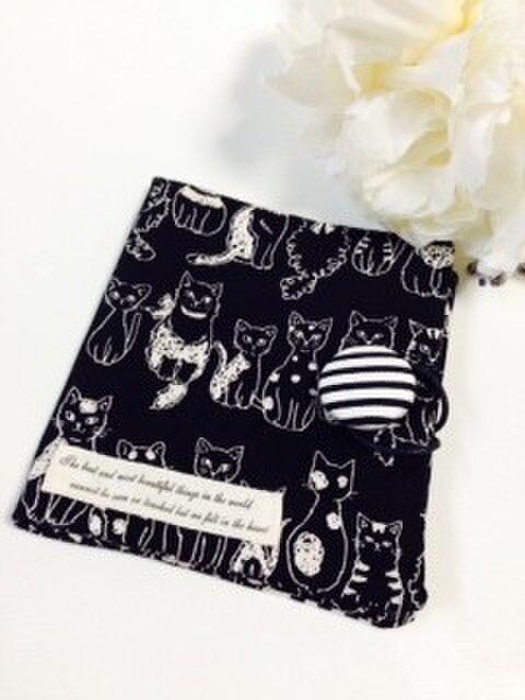 オトナかわいいサニタリーケース 猫 ネコ ねこ 白黒 の画像1枚目