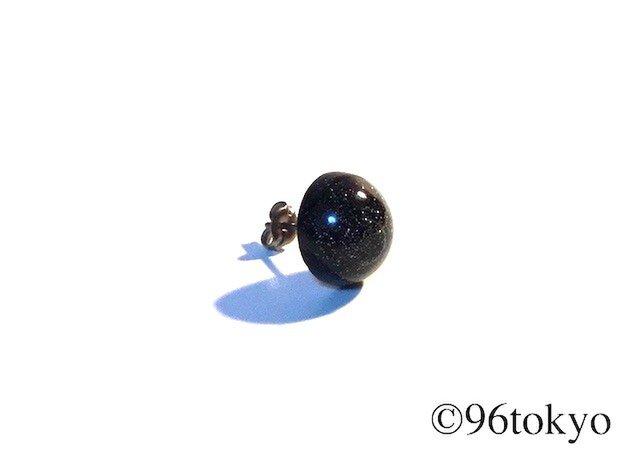 ピアス -ドーム オーロラ- (チタン)の画像1枚目
