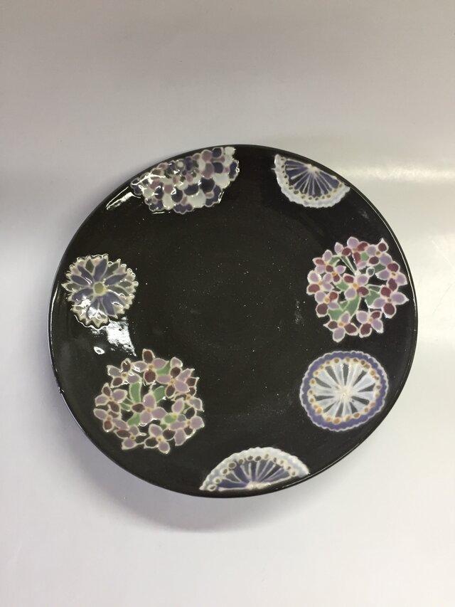 黒いレースの器 花紋とレースの小皿の画像1枚目