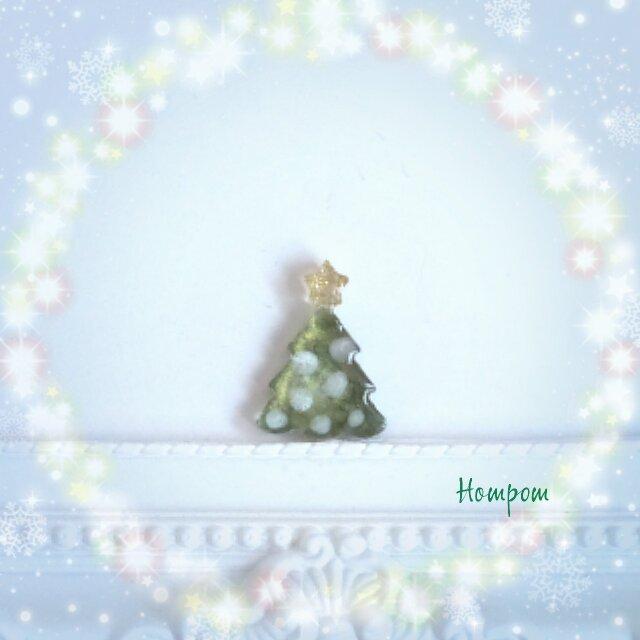 送料無料クリスマスツリーのピンブローチ クリスマスモチーフ ホムポム