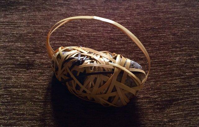 ペーパーウェイト stone basket【2】の画像1枚目