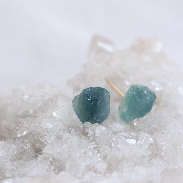 Blue Tourmarine rough rock pierced earrings ブルートルマリンの原石ピアスK18の画像1枚目