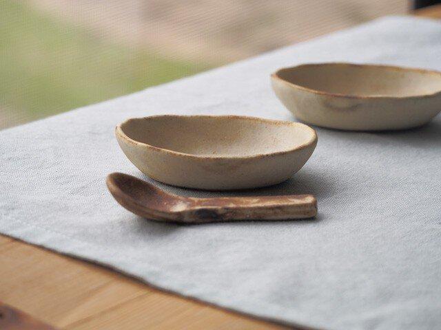 粉福(こふく)豆小皿-楕円-の画像1枚目