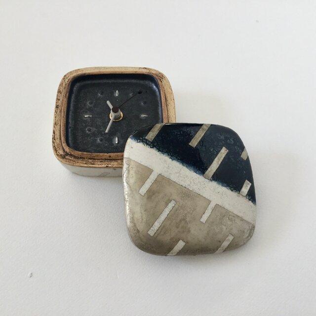 置き時計「時間をしまって」bの画像1枚目