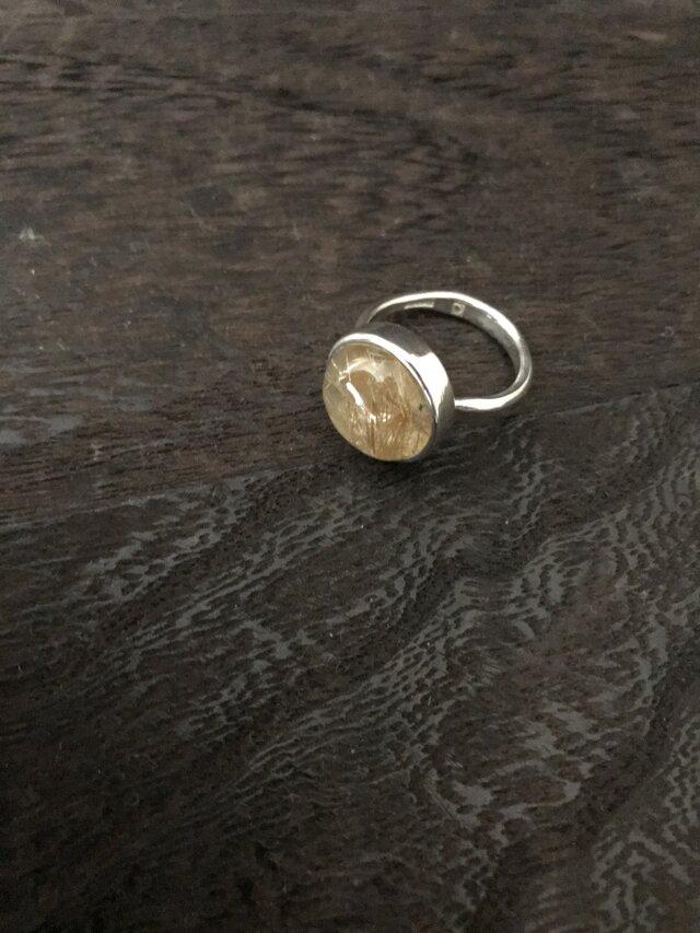 金色針水晶のリングの画像1枚目