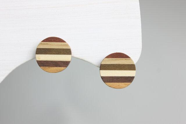 寄木のプレートピアス・イヤリングの画像1枚目