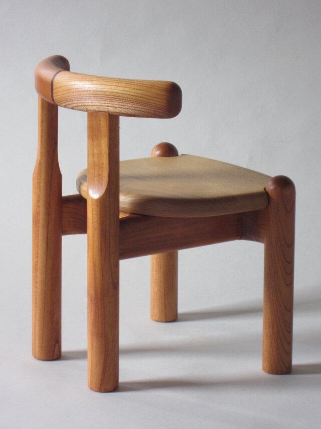 子供椅子■NAGY 09-OKO.C■ W282xD275xH355(SH220)の画像1枚目