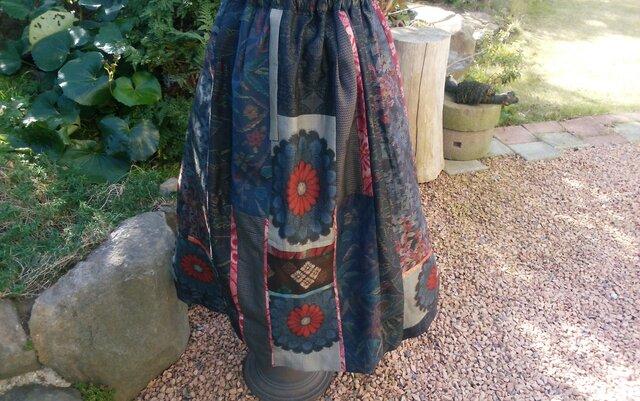 華やかなスカート   ♡ つむぎ様 専用 * 予約済み 一点品の画像1枚目