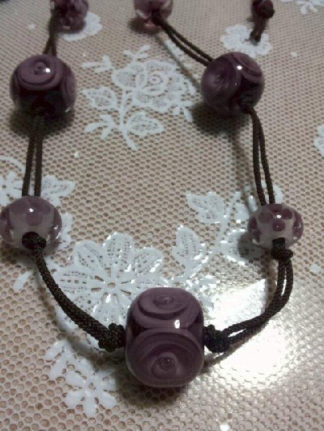 こきいろのネックレス(とんぼ玉)の画像1枚目