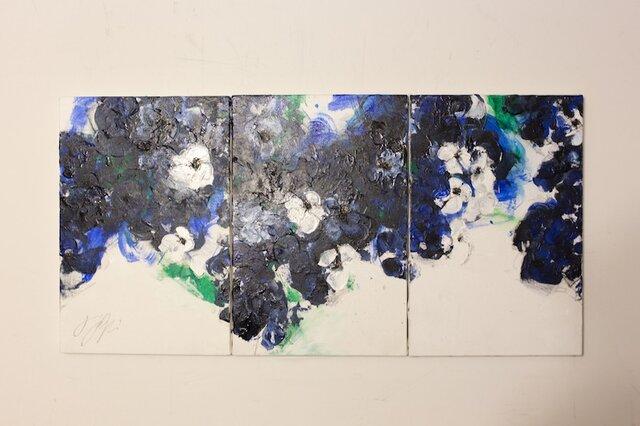 Flower / 花の3連キャンバス作品の画像1枚目
