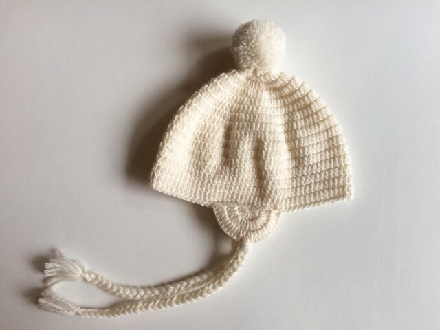|SALE| 耳あてつきポンポンニット帽子 1〜2歳の画像1枚目