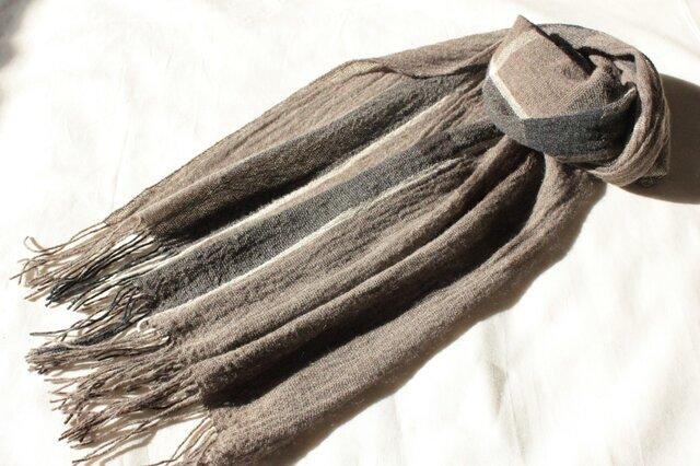 ヤク4色のマフラー 幅広め  手織りの画像1枚目