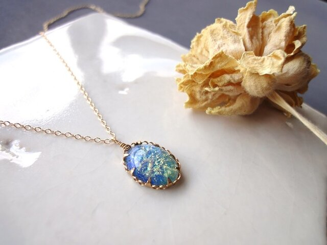 Vintage Stone Necklace■Oval■Blue Green Glitterの画像1枚目