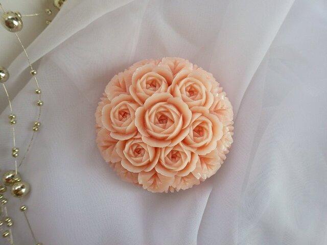 バラの輪。ソープカービングの画像1枚目