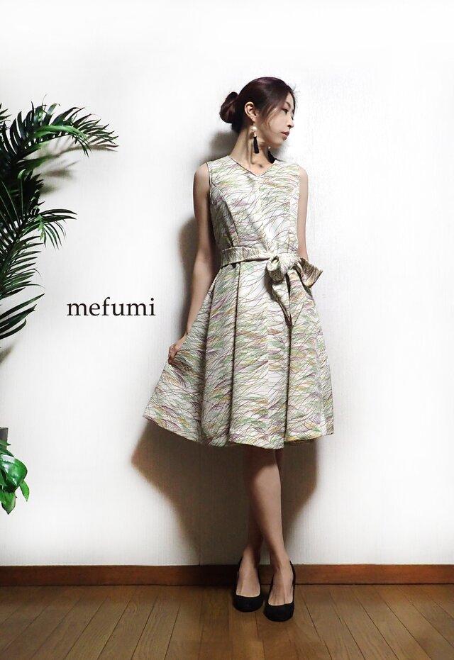 1点物 ✳︎ アンティーク 正絹 着物リメイク 上品ワンピースの画像1枚目