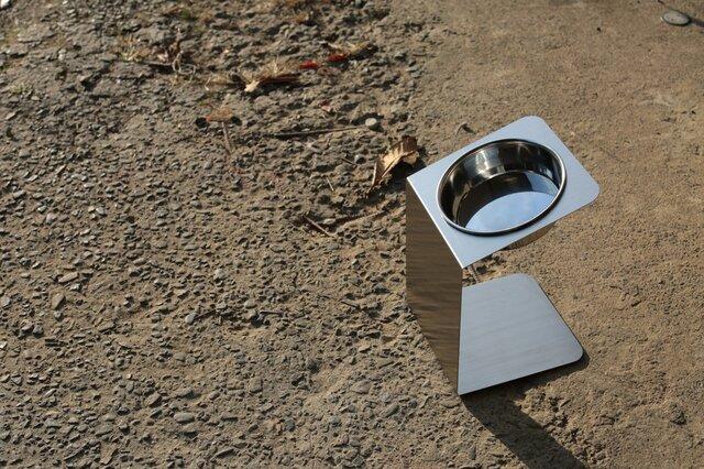 中型犬チョイななめスタンド  洗えるステンレスフードスタンドの画像1枚目