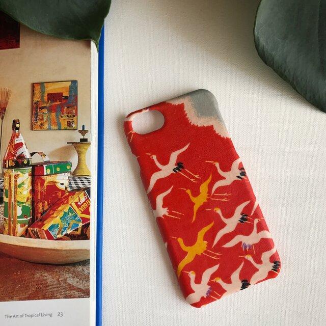 【KIMONO】赤に鶴・アンティーク着物のiPhoneケースの画像1枚目