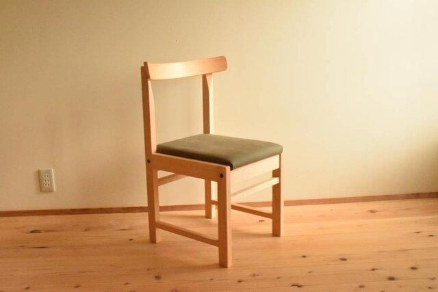 ヒノキの椅子 座面の帆布 薄カーキ色の画像1枚目