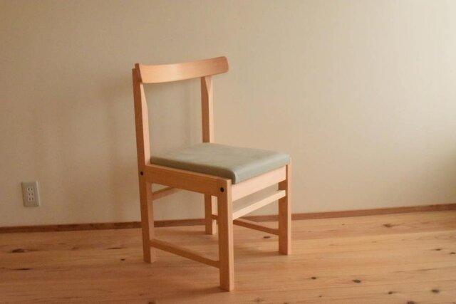 ヒノキの椅子 座面の帆布 ワサビ色の画像1枚目