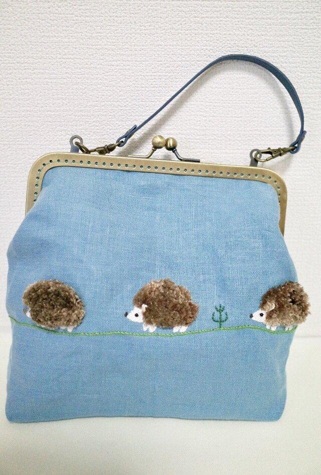 ハリネズミさんのフアフア刺繍バッグの画像1枚目