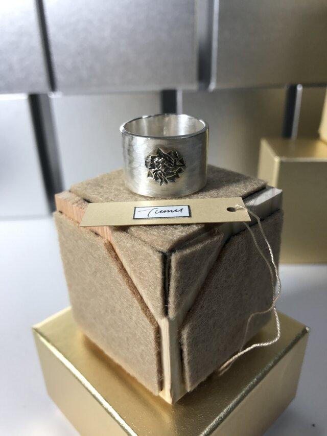 Tumu Ring. T-rg006B 薔薇 ホワイトの画像1枚目