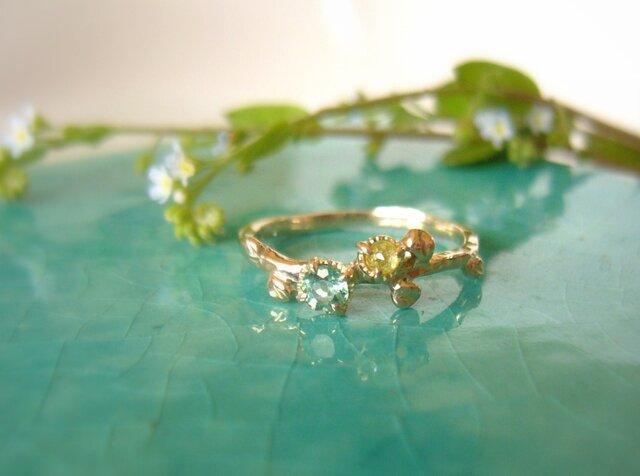 天然アパタイトとイエローナチュラルダイヤの指輪 の画像1枚目