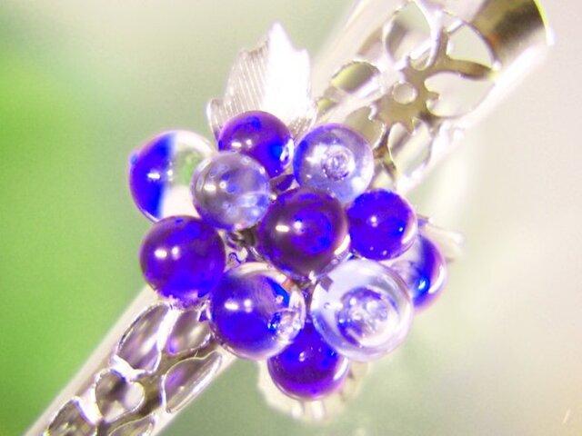 お花のヘアクリップ 小 濃青の画像1枚目