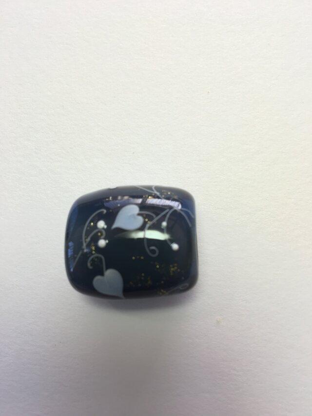 とんぼ玉*つる花模様の帯留*濃いグレイの画像1枚目