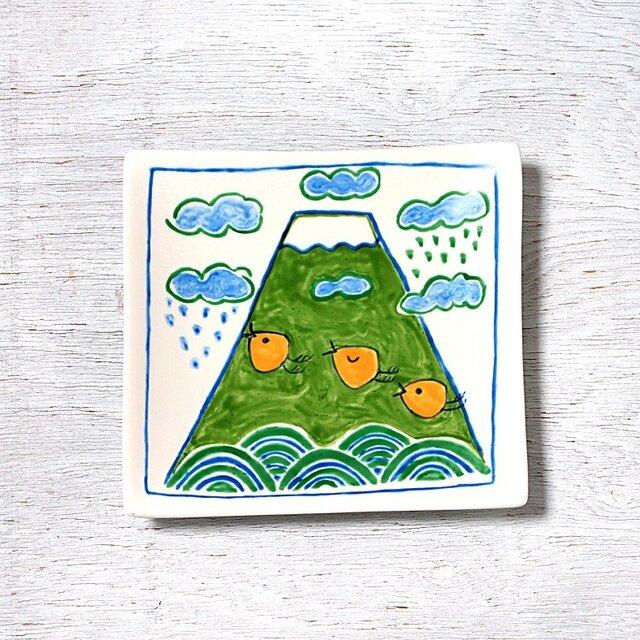 ポップな富士山と波千鳥(春)のスクエアプレートの画像1枚目